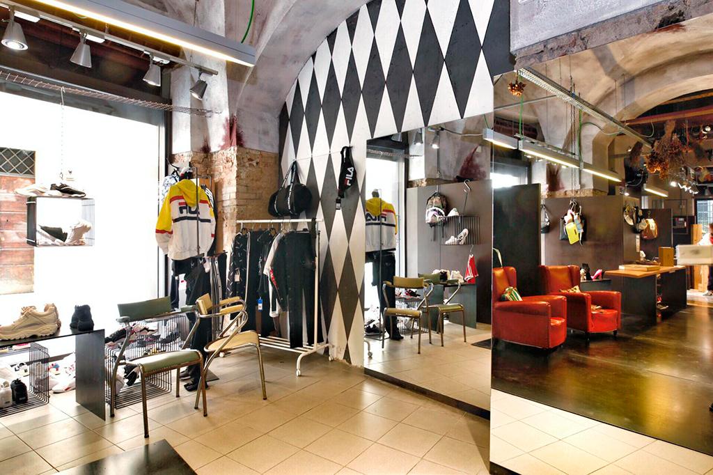Il punto vendita Club Calzature di Reggio Emilia